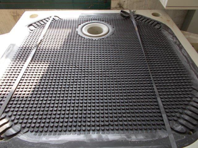 » N.21 piastre 800x800 JVK a membrana